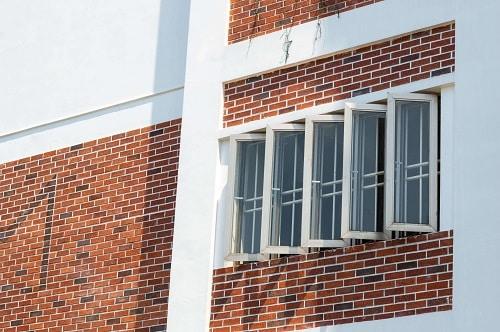 Cửa sổ mở quay 90 độ điều hòa không khí cho không gian