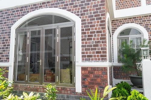 Cửa sổ mở quay 4 cánh phù hợp cho những không gian lớn