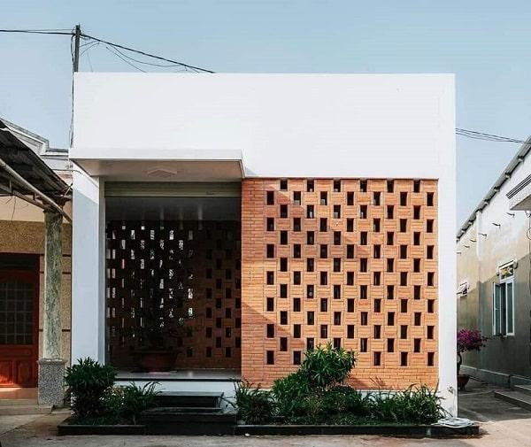 Sự kết hợp của vật liệu xây dựng một cách thông minh làm ngôi nhà thêm nổi bật